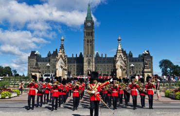 Cerimônia de troca Real no Parlamento em Ottawa