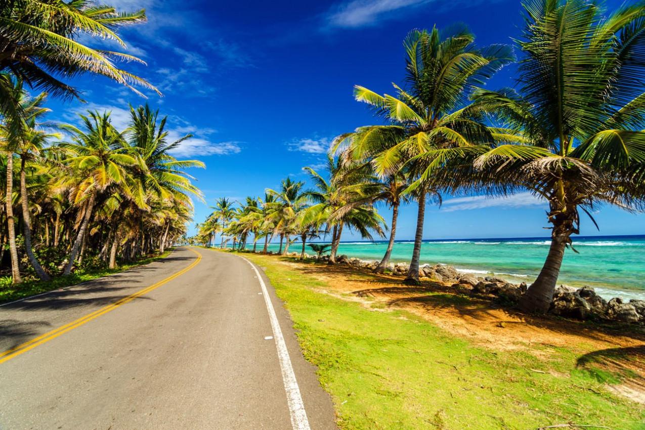 Rodovia de San Andrés e o lindo mar