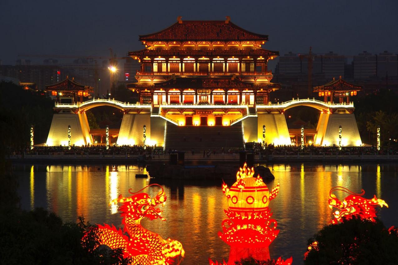 Centro Tang à noite, Xi'an, China