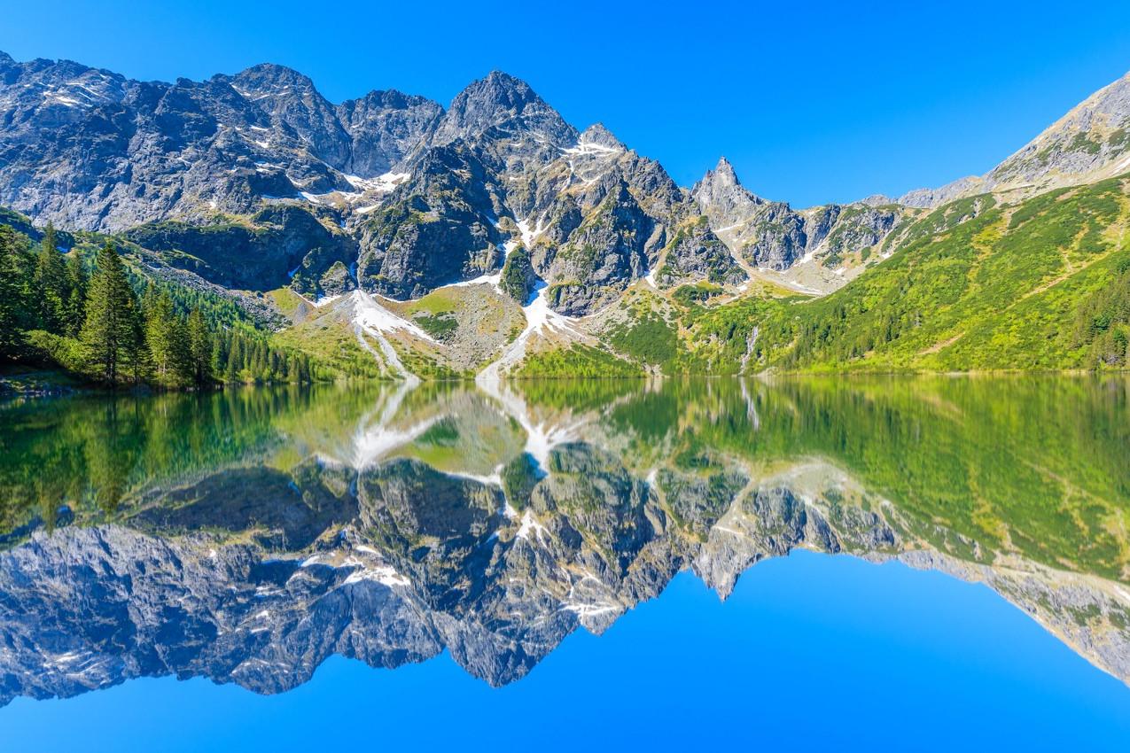 lago-montanha-polonia