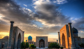 O Registan foi o coração da antiga cidade de Samarkand, no Uzbequistão e um dos principais parada na estrada de seda da China para a Europa