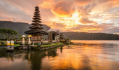 Pura Ulun Danu Bratan, templo hindu no lago Bratan, Bali, Indonésia