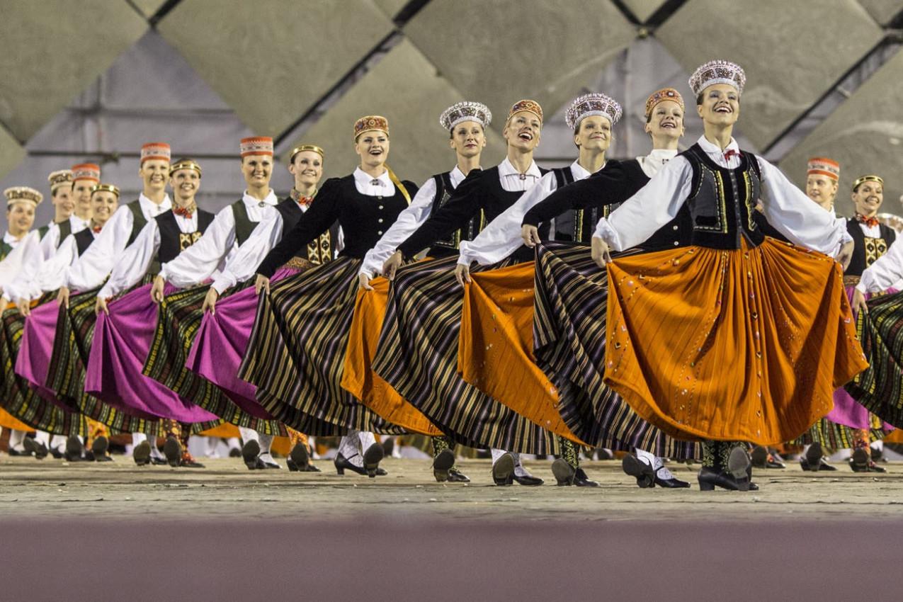 Riga, Letônia - O letão Canção Nacional e Festival de Dança