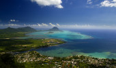 Vista aérea de Le Morne Brabant e vila Tamarin - Ilhas Mauritius