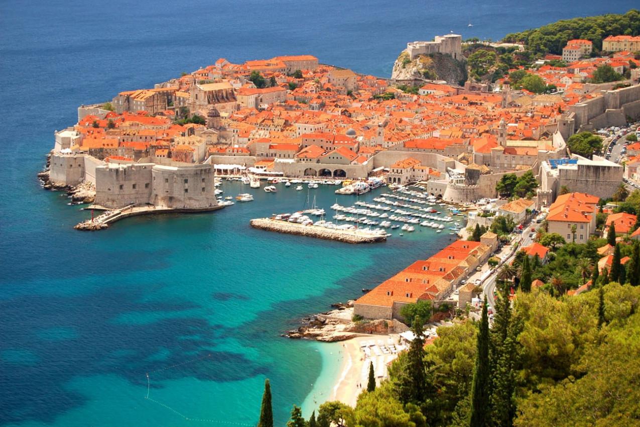 Vista deslumbrante sobre a cidade antiga de Dubrovnik, Croácia