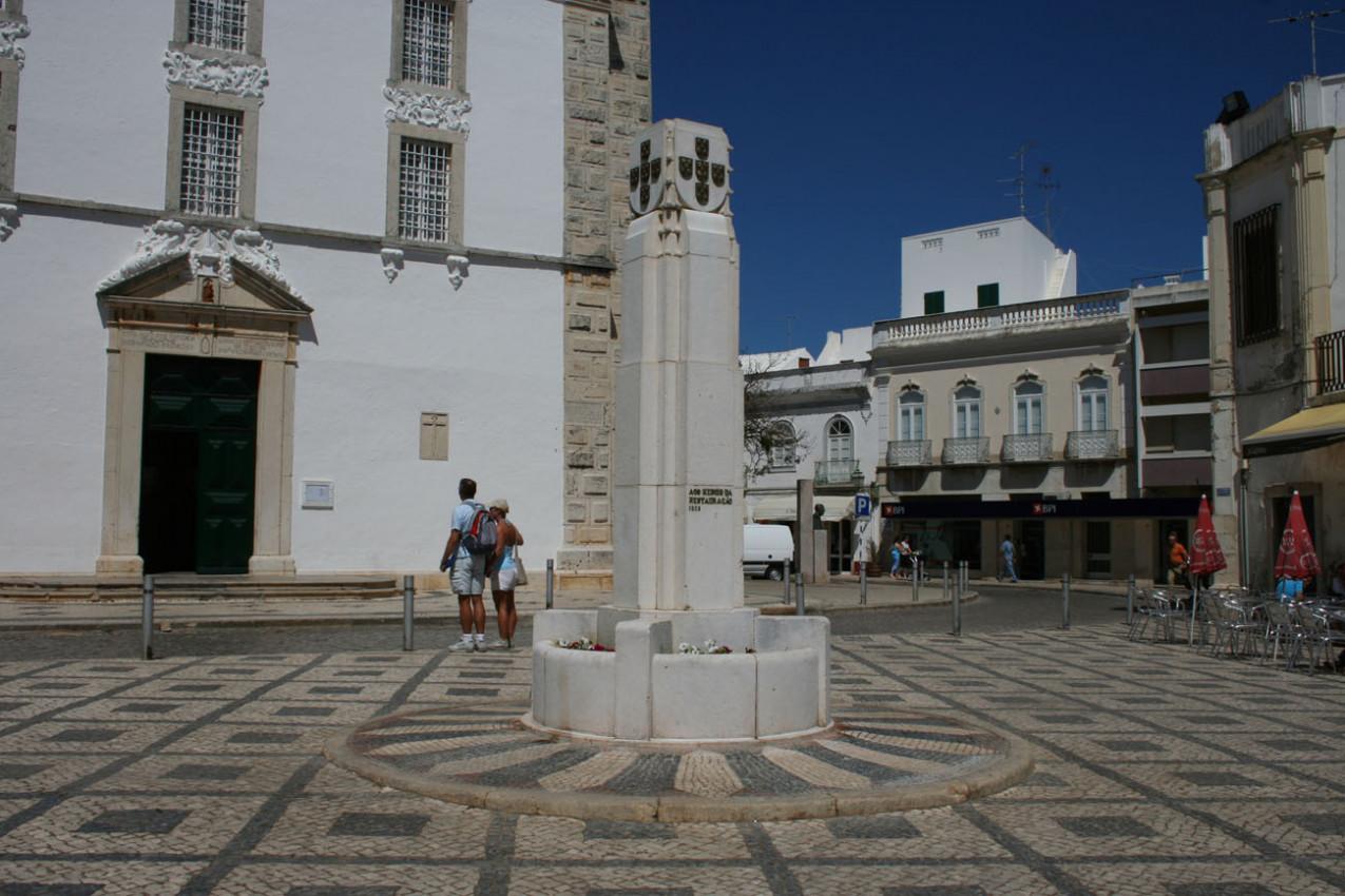 Monumento aos Heróis da Restauração - Santiago de los Caballeros
