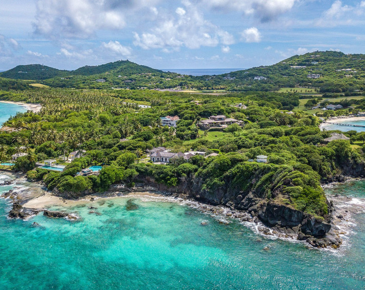 Mustique The Island