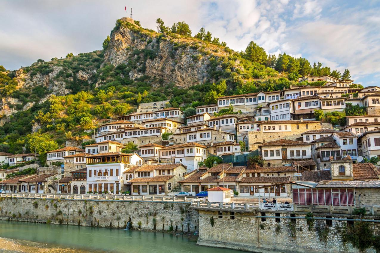 Viagens para Albânia